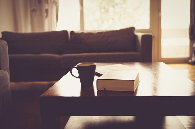 opuštěný obývák