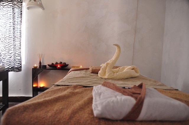 Posteľ, relaxačná izba, masáž.jpg