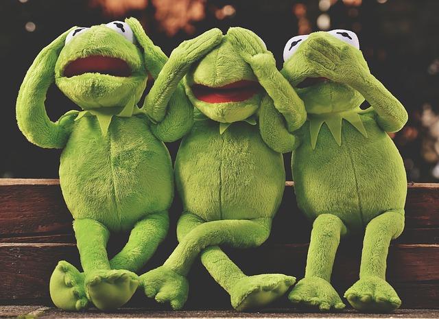 plyšové žáby.jpg
